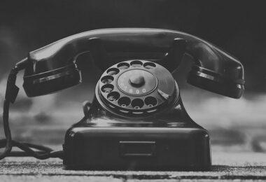 écrire un numéro de téléphone avec 33